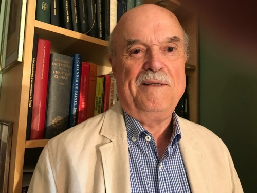 Professor Emeritus Calvin Bower receives the Claude V